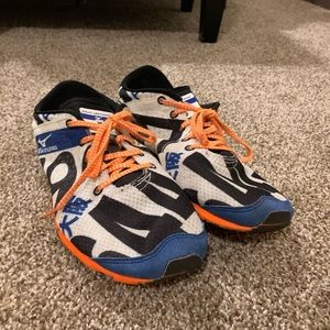 Men's Mizuno Race Day Shoes Size 9
